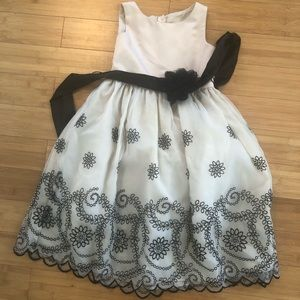 Other - Black and Cream Special Dress Sz 7/8